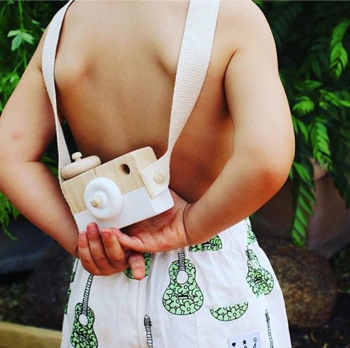 Cámara Fotos MADERA niños espalda ecológica sostenible cripto bitcoin